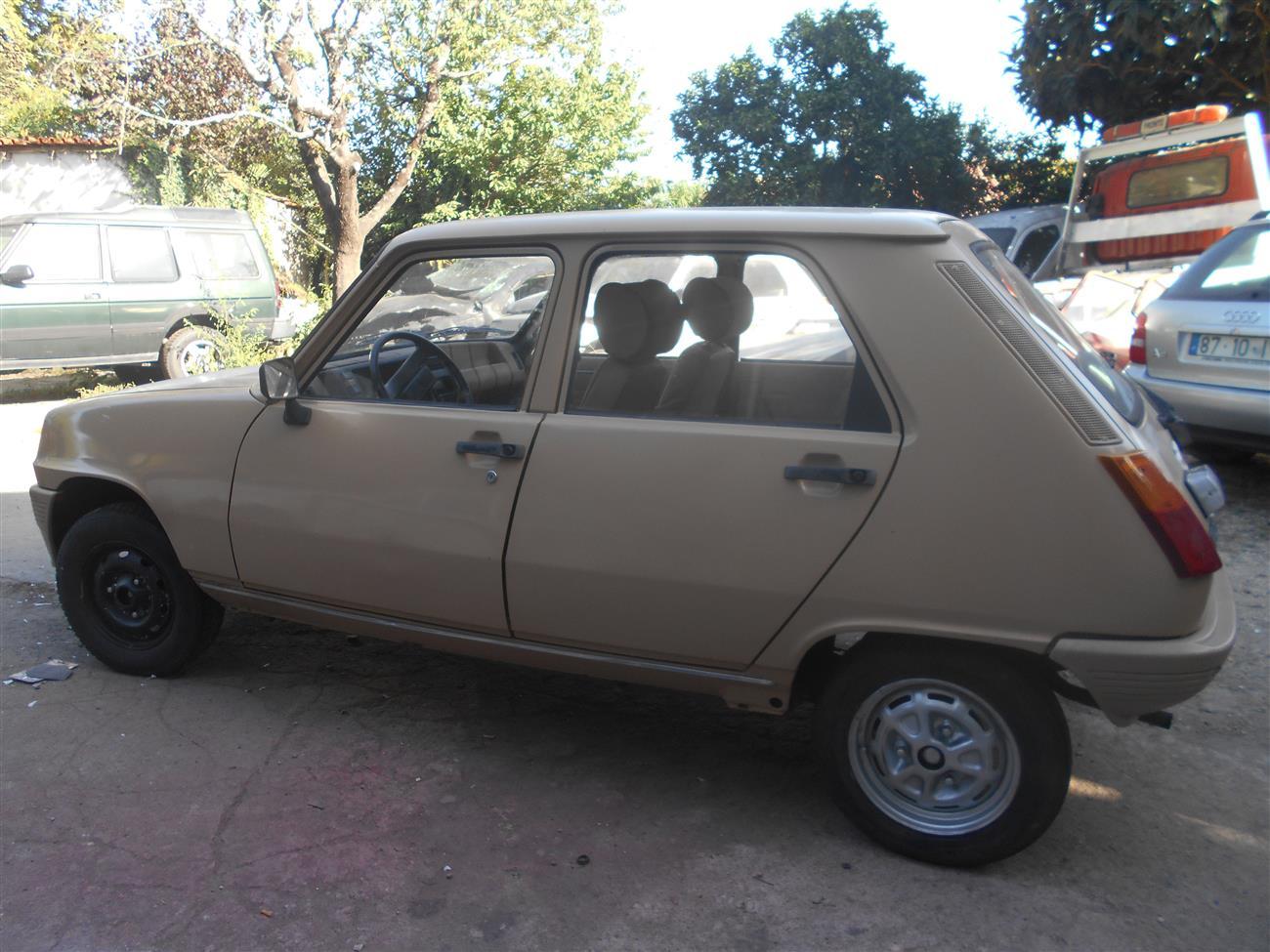 Renault - 5 Laureate